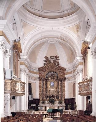 Monastero agostiniano montecosaro for Interno a un convento